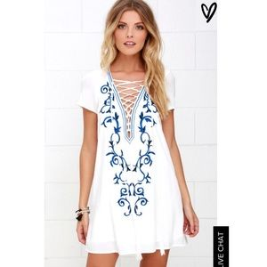 Lulus white and blue dress